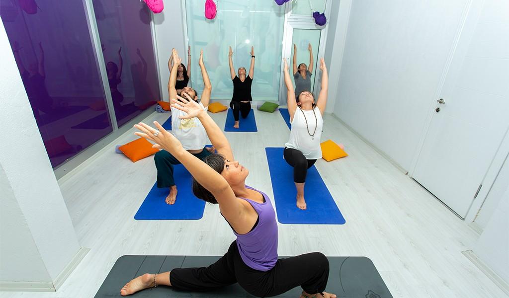 Bütünsel Sağlığın ve Huzurun Sırlarını, Prana Yoga İzmit İle Keşfedin
