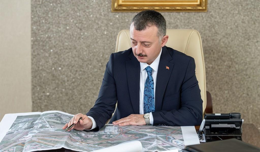 Kocaeli Büyükşehir Belediye Başkanı Doç. Dr. Tahir Büyükakın