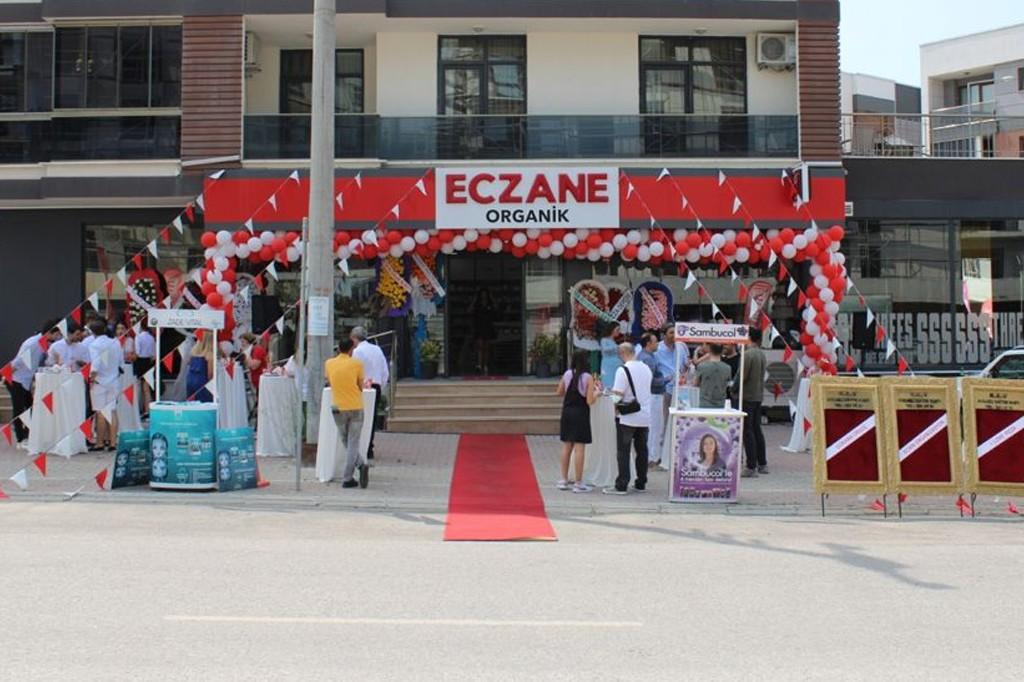 Organik Eczanesi Başiskele'de Açıldı..